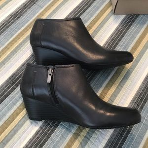 Clark's Dark Grey booties
